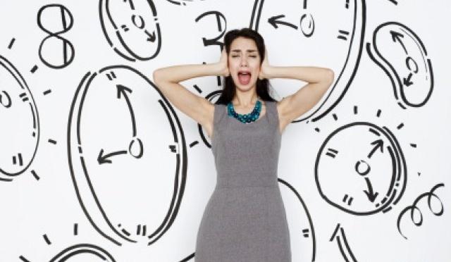 mujer_relojes